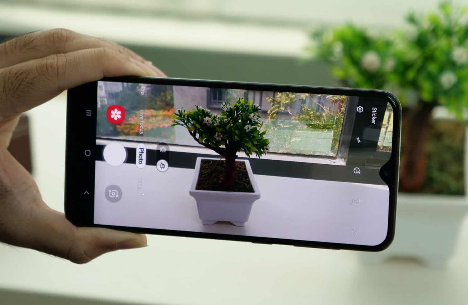 Samsung Galaxy A20's Camera and photography specifications