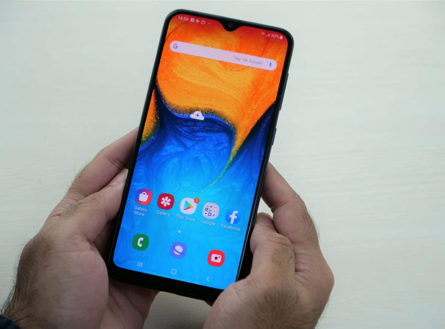 Samsung Galaxy A20's performance, operating system, and user interface